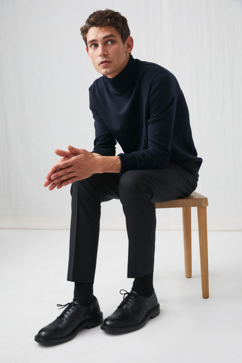 Merino Roll-Neck Jumper