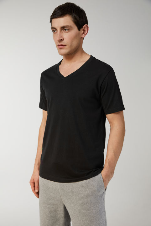 Midweight V-Neck T-Shirt