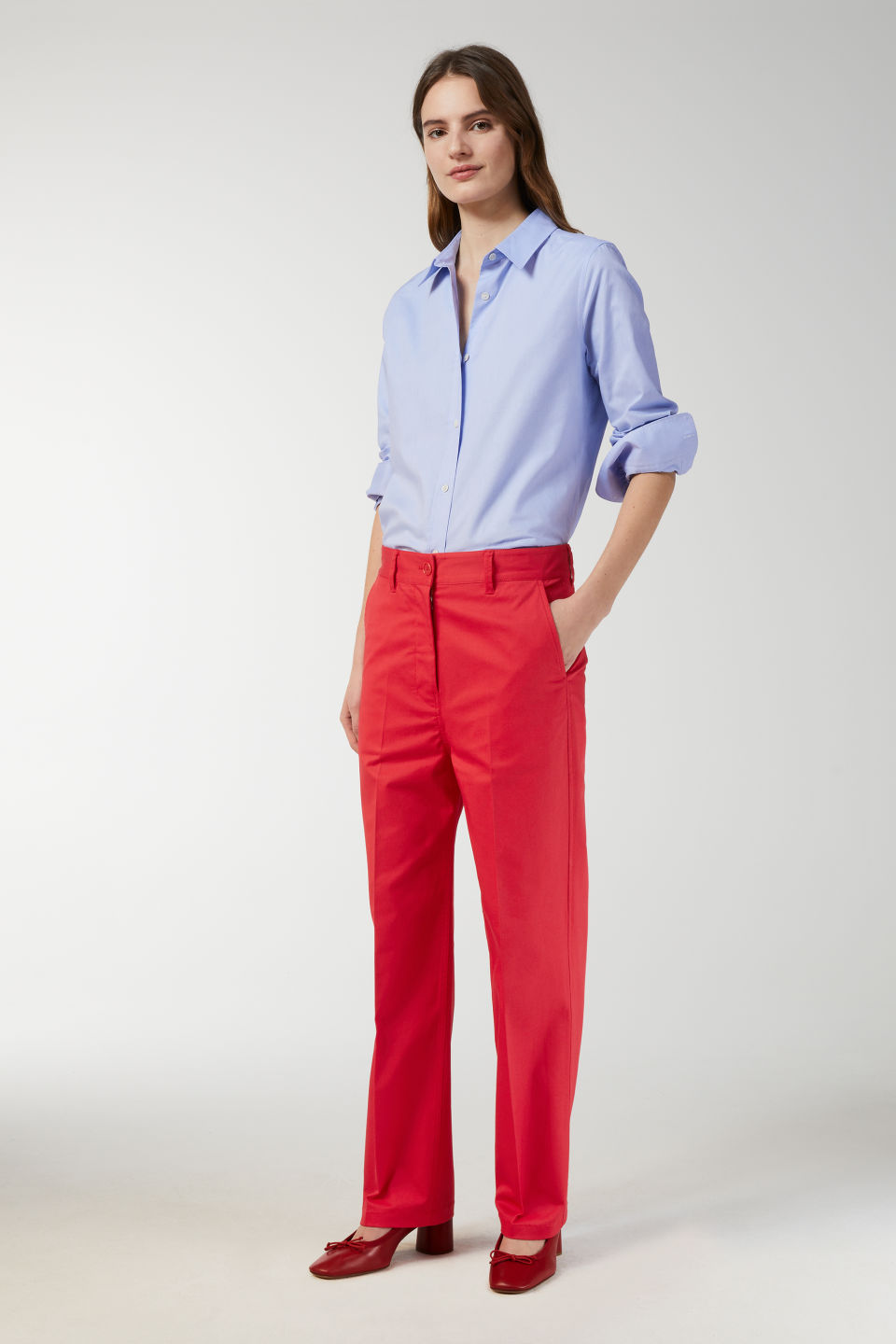 Model front image of Arket wide-leg twill trousers in red