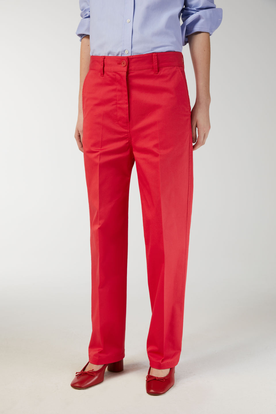 Model side image of Arket wide-leg twill trousers in red