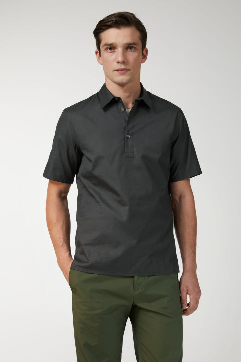 Short-Sleeve Pinpoint Popover