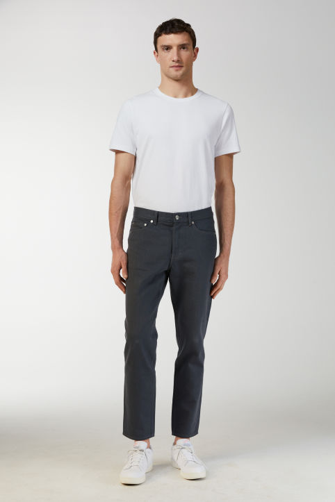 Cropped Raw Grey Jeans