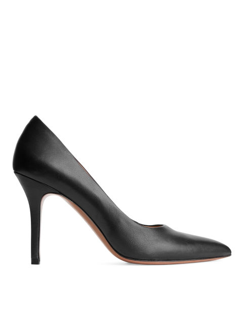 Pointy Leather Pump