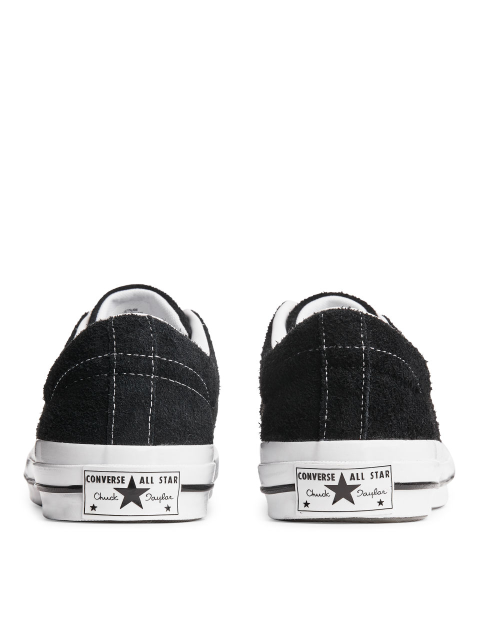 Side image of Arket converse one star low in black