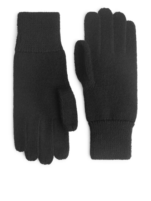Raw Wool Gloves