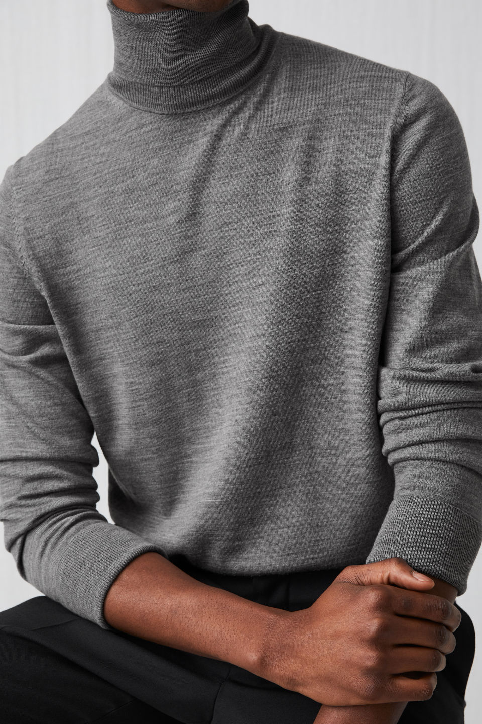 Detailed image of Arket merino roll-neck jumper in grey
