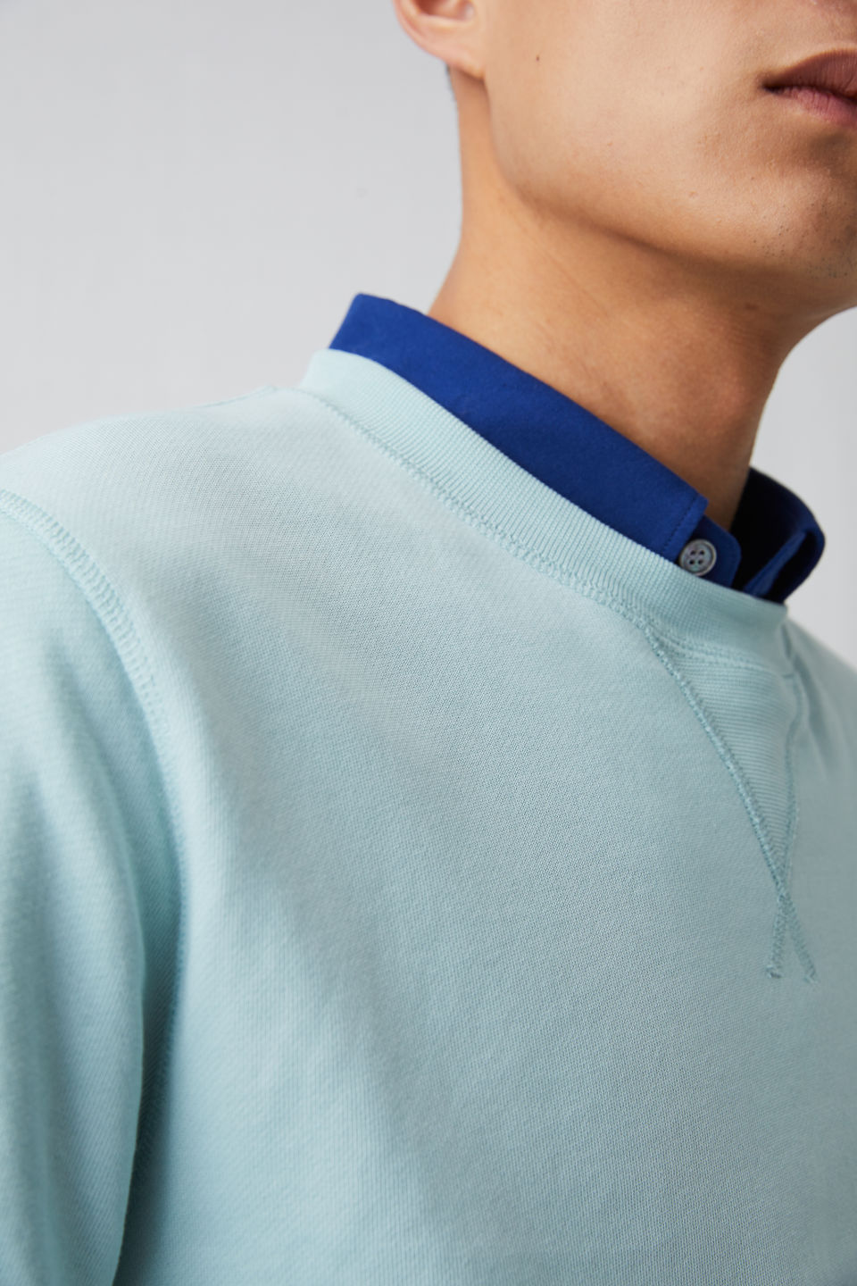 Detailed image of Arket french terry sweatshirt in turquoise