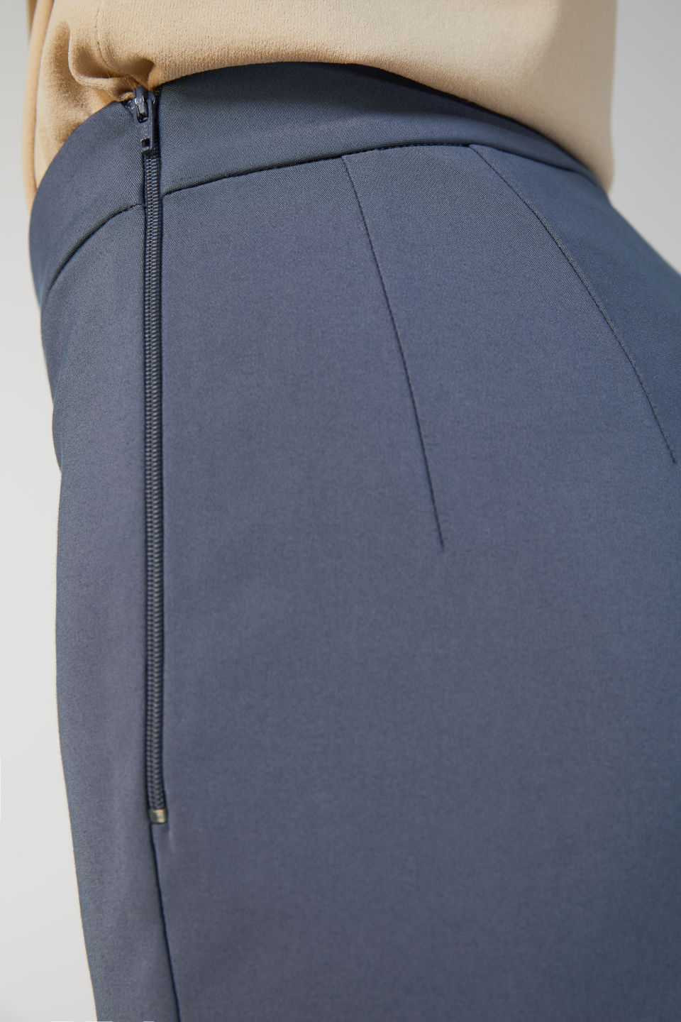 Detailed image of Arket cropped cotton trousers in blue