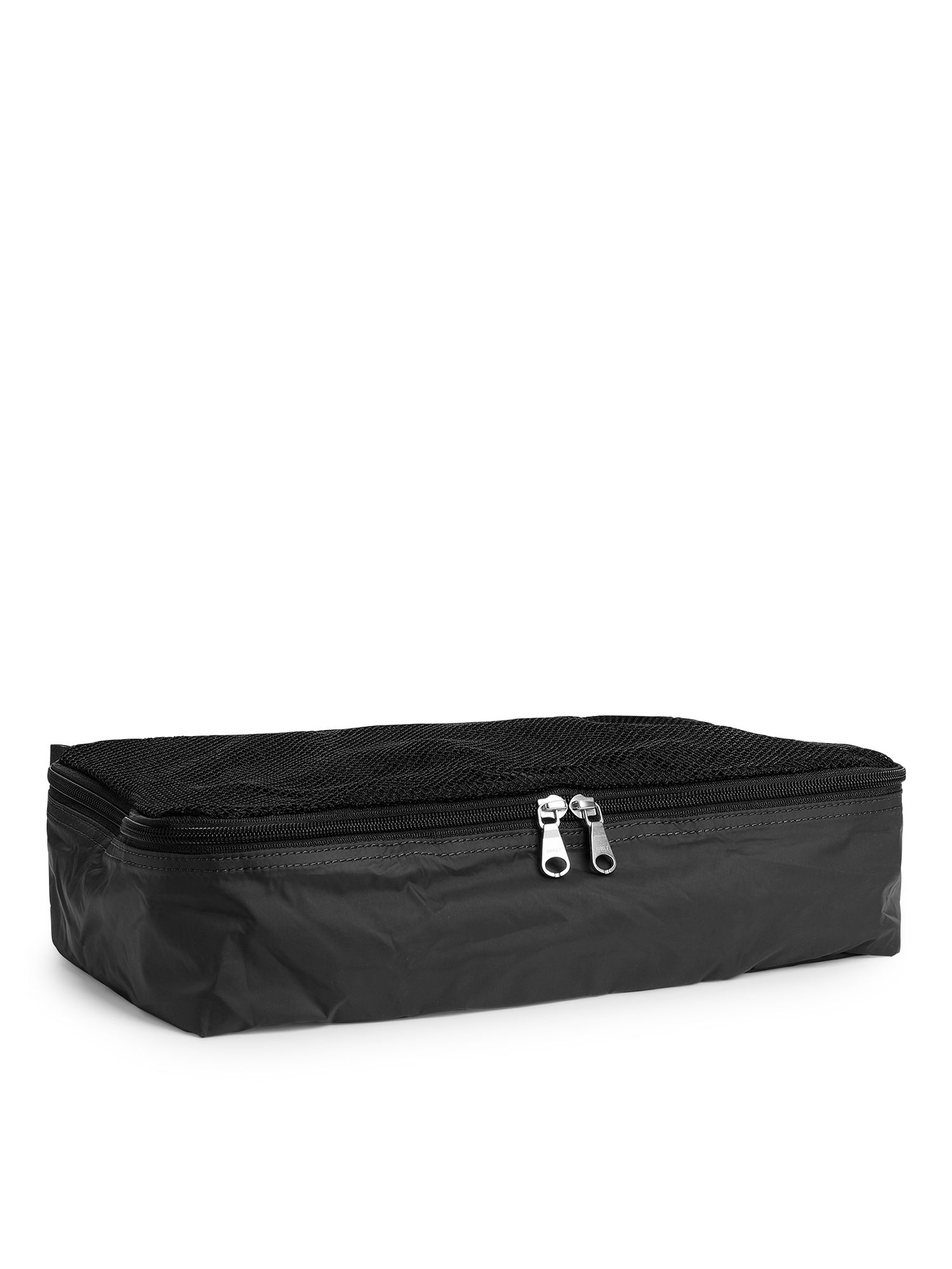 Fabric Swatch image of Arket medium garment case in black