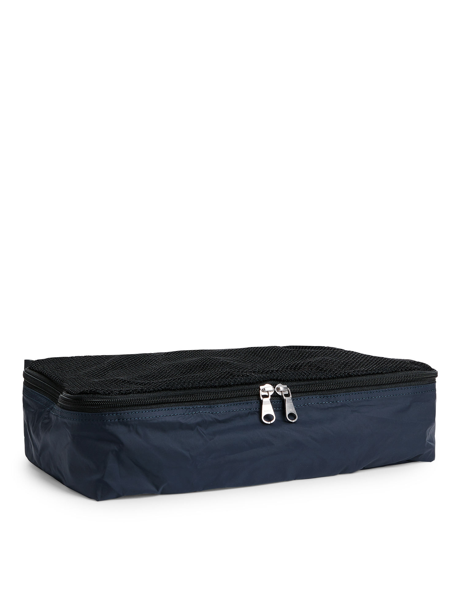 Fabric Swatch image of Arket medium garment case in blue