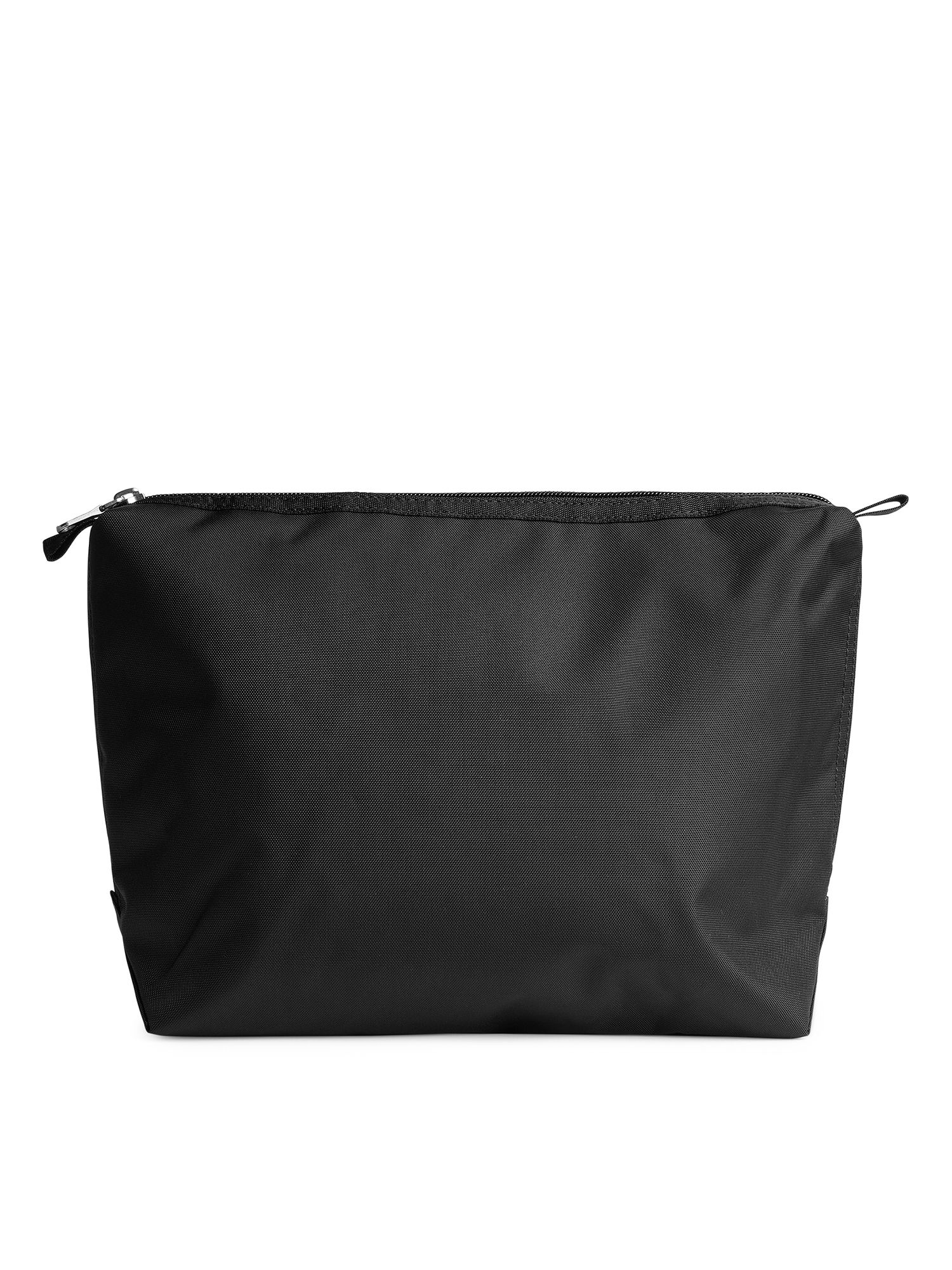 Fabric Swatch image of Arket large toiletry bag in black