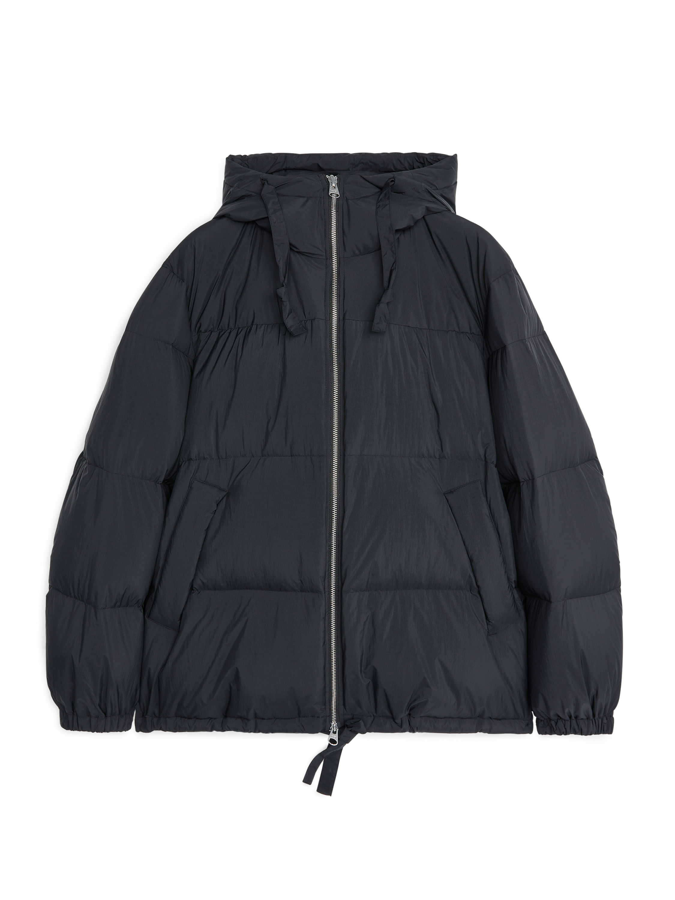 Fabric Swatch image of Arket redown puffer jacket in black